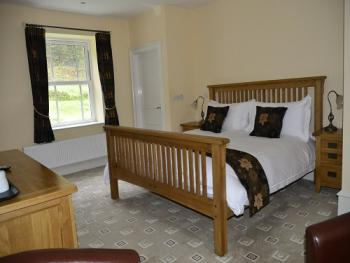 Junior Suite-Luxury-Ensuite with Bath-Room 12