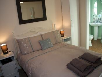 Roedean Guest House - Double En-Suite Room