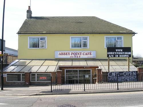 Abbey Point Café Bed & Breakfast