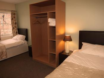 Twin room-Ensuite-(1st Floor)