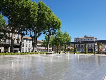 Fountains at Square Gambetta just three minutes away