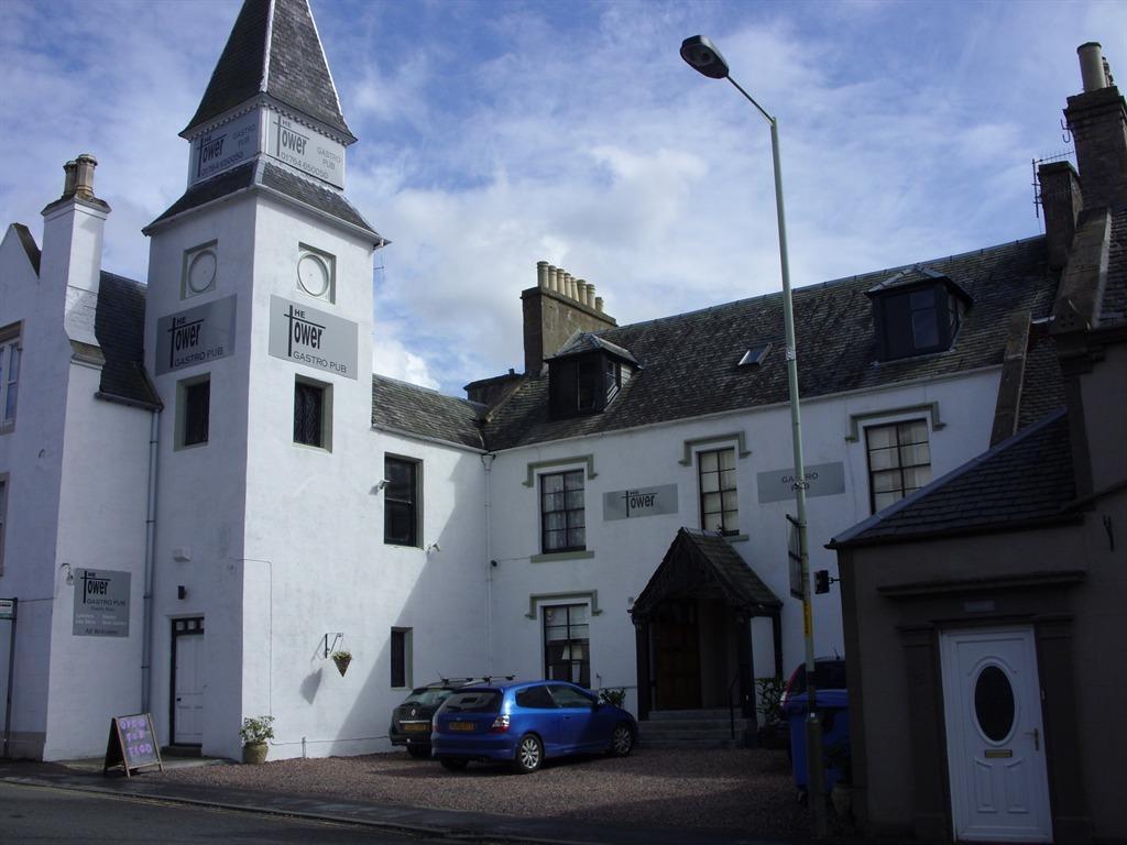 The Tower Gastro Pub & Apartments