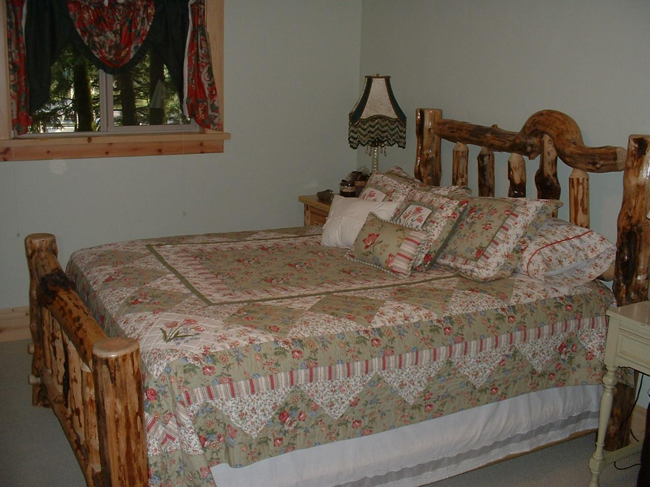Double room-Ensuite with Jet bath-Panoramic-River view-The Barlow Trail Room