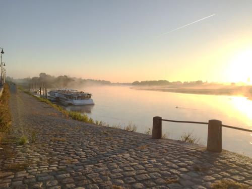 Levée de soleil sur La Loire