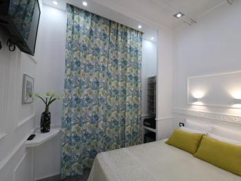Economy Double Room - Private Bathroom