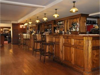 Main Bar & Informal Dining Area
