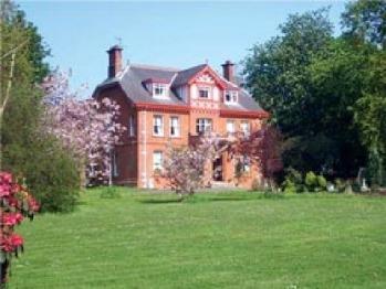 Glendona House -