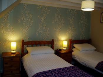 Triple En-suite - Annexe Room