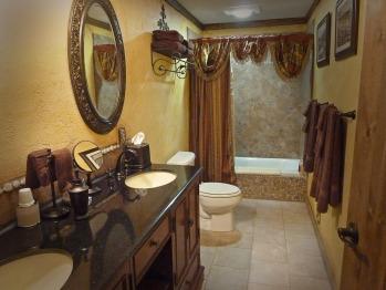The Pioneer Suite Master Bath