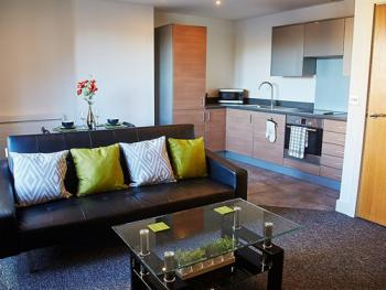 Empire Serviced Apartments - The Cambria Lounge Area