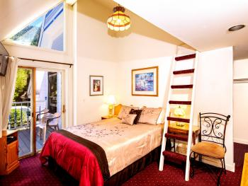 Triple room-Ensuite-Deluxe-Mountain View-Fancy Lady - Triple room-Ensuite-Deluxe-Mountain View-Fancy Lady
