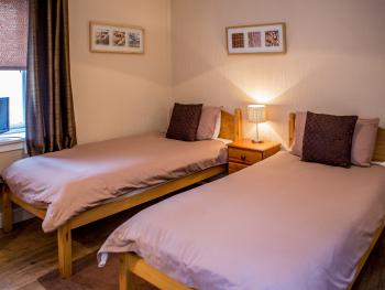 Twin room-Ensuite-PET FRIENDLY