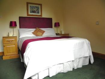 Double room-Private Bathroom- (Breakfast Included)