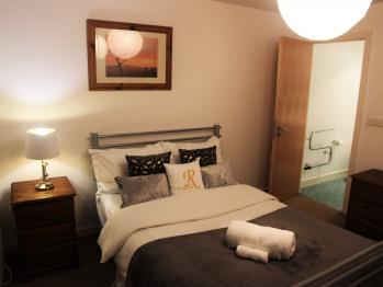 Ockenden Manchester - En suite Bedroom