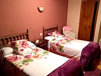 Doble con dos camas-Baño Privado