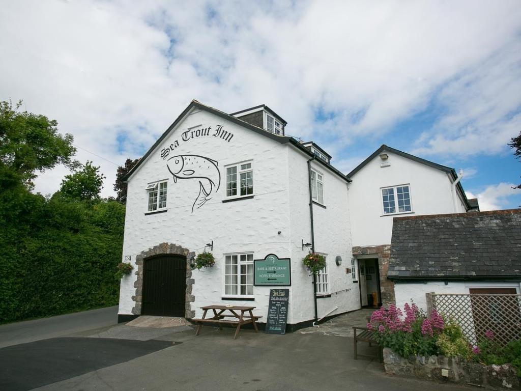 Sea Trout Inn, Totnes | Homepage
