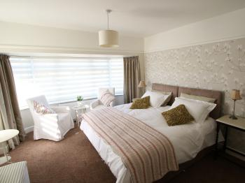 Canford Bridge B&B -