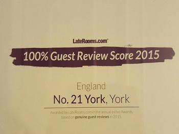 Awards - LateRooms.com 2015 - 100% Guest Review Score
