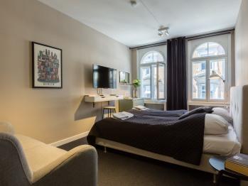 Apartment-Classic-Private Bathroom-Street View-St. Kongensade 10, 3