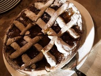 The sweet side of Breakfast: Home made Crostata (Jam Tart)