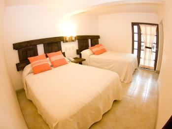 Habitación doble 2 camas Matrimoniales
