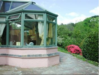 The breakfast conservatory