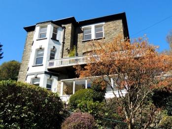 Woodlands Guest House -