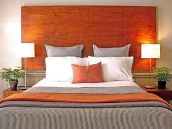 Front Bedroom - Superior Queen Suite (2-Bedroom)