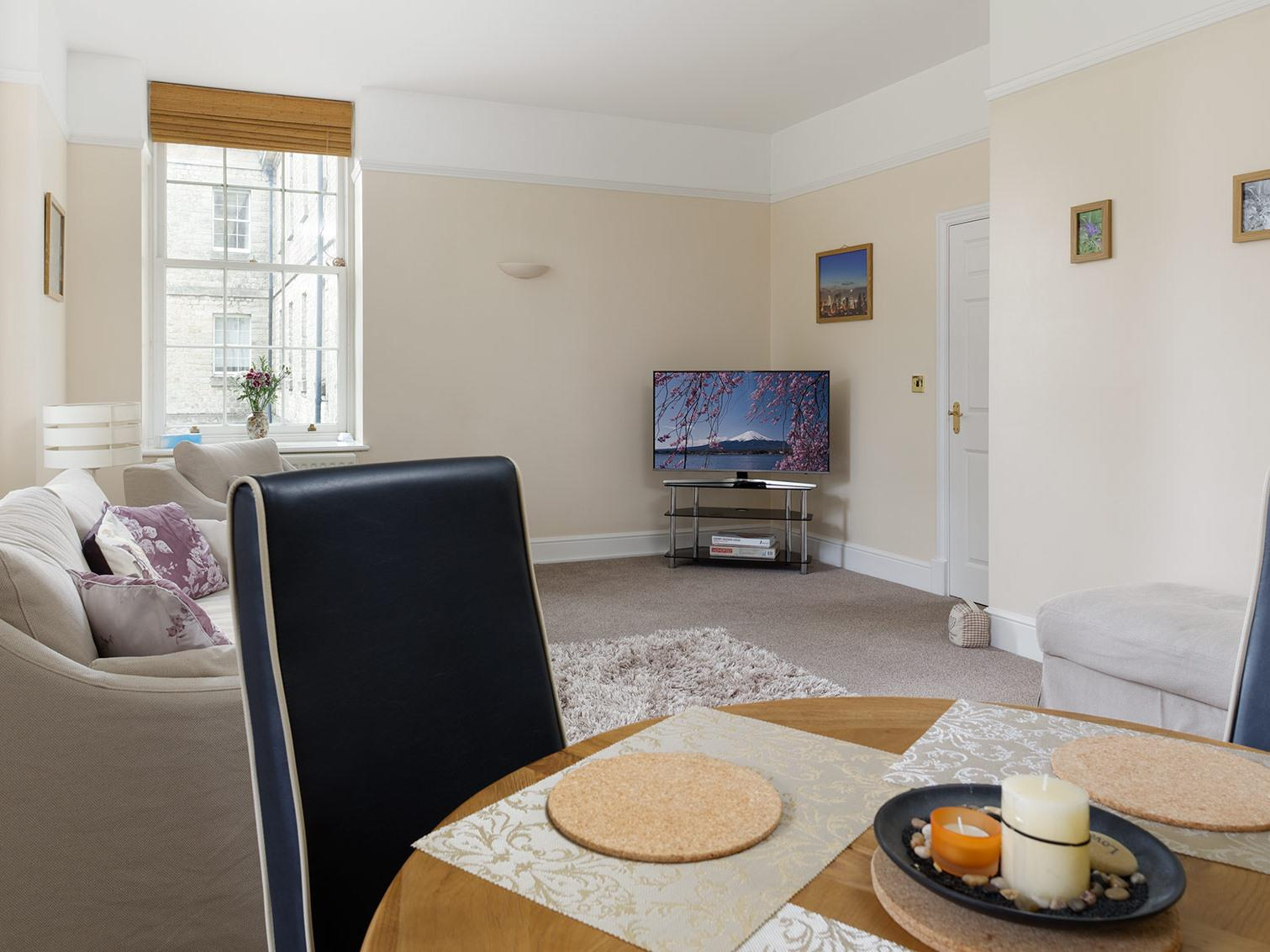 Apartment-Executive-Ensuite with Shower-Balcony-Listed Building - Base Rate