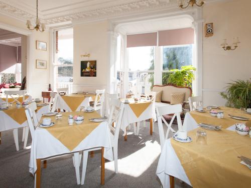 Bright sunny dining room