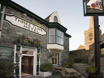 Three Tuns - Front of building