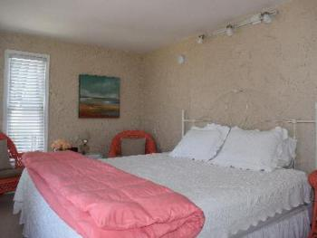 Sand Room with King Bed