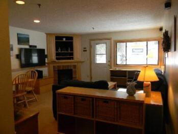 Apartment-Ensuite-Standard-Brookside1 A102(2bedroom) - Base Rate
