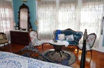 Woodrow Wilson Suite Main Chamber