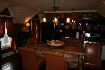 RB Hayloft Dining/Kitchen