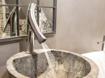 Détail déco salle de bain 1615 Duplex