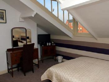 Double room-Ensuite-Attic Room