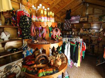 Gift Shop Featuring Local Art, Sauces and Gift Items