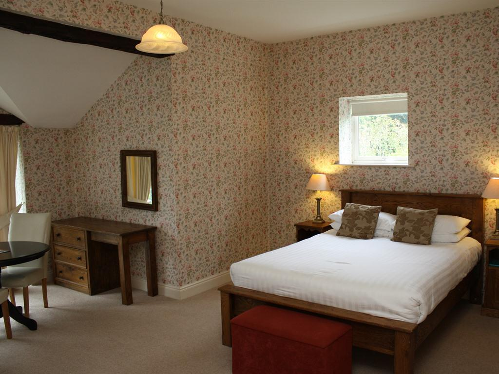 Double room-Ensuite with Bath-Balcony-Old Walled Garden