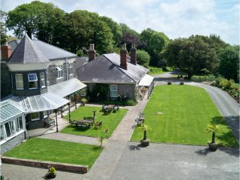 Broadway Country House Hotel -