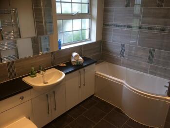 Woolacombe private bathroom