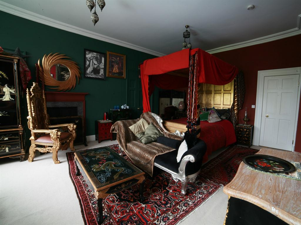 Double room-Luxury-Ensuite-Street View-Gold - Base Rate