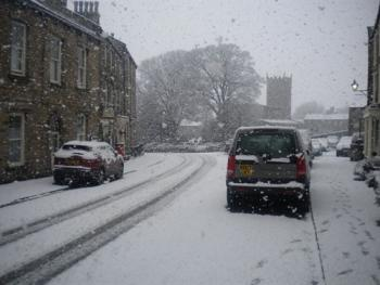 Snowy day in Askrigg