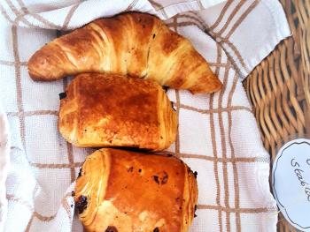 Warm Breads Available to your Cottage Every Morning