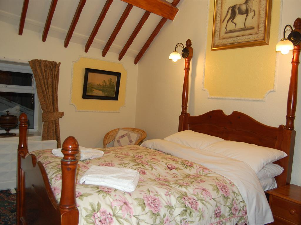 Double room-Ensuite-with Shower & Bath