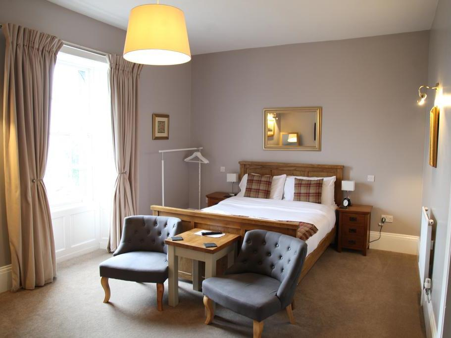 Double room-Deluxe-Ensuite with Bath-Lake View-Mallard or Woodcock