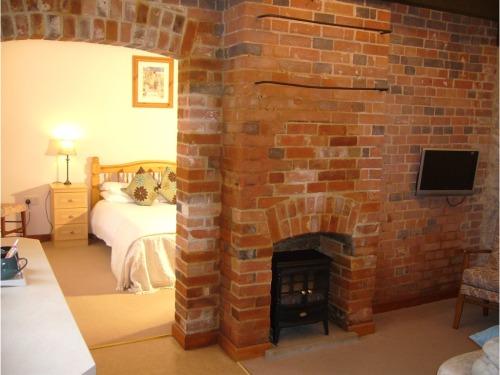 Farriers superior double en-suite with lounge and en suite bath tub