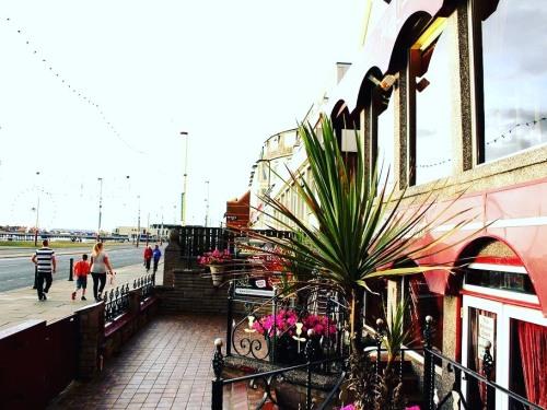 Promenade-sea front