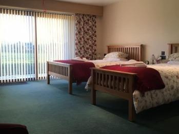 Triple room-Comfort-Wet room-Riverside