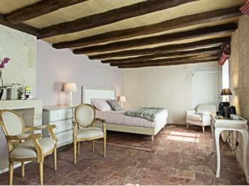 Double-Suite-Jacuzzi-Terrasse-Touraine